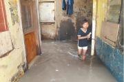 Katulampa Siaga 3, Warga Kebon Pala Kampung Melayu Kembali Kebanjiran