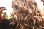 Di Rumah Saja, Waktunya Bereksperimen Mengubah Warna Rambut