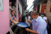 Jemput Aspirasi, Akhyar Disuguhi Kue Rasidah Khas Melayu di Belawan