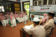 Relawan Bacakan Surah Yasin untuk Kemenangan Akhyar-Salman