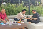 Yusuf Mansur Tunjukkan Akhlak Adik Gus Baha lewat Cerita Kopi Tumpah