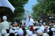 Habib Rizieq Salat Jumat di Petamburan
