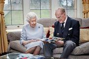 Inggris Lockdown, Ratu Elizabeth-Pangeran Philip RayakanHUT Pernikahan Berdua