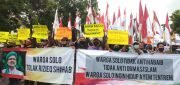 Polisi Bubarkan Aksi Warga Tolak Habib Rizieq ke Solo