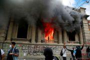 Anggaran Pendidikan dan Kesehatan Disunat, Gedung Kongres Guatemala Dibakar
