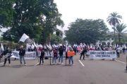 Protes Kebijakan Gubernur Jabar, Buruh Persoalkan UMSK Subang dan Karawang