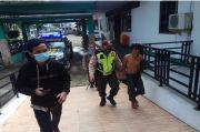 Waduh! Pintu Masjid di Pontianak Dirusak Seorang Mahasiswa