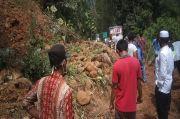 Dihantam Longsor, Jalan Nasional di Madina Lumpuh Total