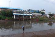 Bocah Tenggelam di Banjir Kanal Barat, Kedua Orang Tua Tak Henti Menangis