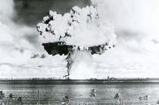 Beginilah Cara AS Jatuhkan Bom Nuklir terhadap 95 Kapal Perang