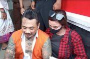 Jerinx SID Bacakan Cerpen Halu Ini saat Dijebloskan ke Lapas Kerobokan