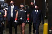 Sebelum Duel Lawan Roy Jones Jr., Mike Tyson Ternyata Ngeganja