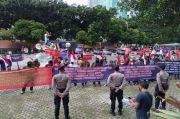 KMBUI Demo di KPK, Desak Usut Istri Mantan Bupati Mojokerto Dalam Dugaan Korupsi