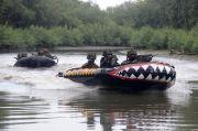 Komandan Brigif 2 Marinir Bakar Semangat Tempur Prajuritnya di Pesisir Surabaya