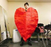 Jin BTS Ulang Tahun, Ini Ragam Hadiah yang Pernah Diberikannya untuk ARMY