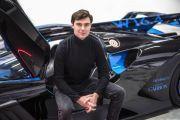 Nils Sajonz, Milenial Ganteng yang Jadi Desainer Penting Bugatti
