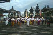Pura Ponjok Batu Buleleng Sambut Program We Love Bali