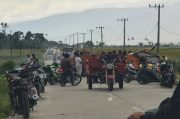 Belum Jelas Motifnya, Warga Blokade Jalan di Kerinci dengan Bak Sampah
