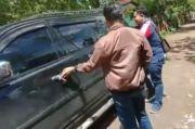 Dikira Bawa Sembako, Mobil Paslon yang Digerebek Ternyata Angkut Karung Berisi Masker