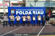 Gencar Berantas Narkoba, Polda Riau Diganjar Trust Award oleh Lemkapi