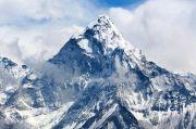 OMG, Ketinggian Gunung Everest Tercatat Naik 86 Cm