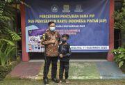 Siswa SDN Asal Bandung yang Berprofesi Pemulung Ini Akhirnya Dapat KIP