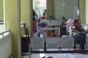 Miris, Ruang Isolasi COVID-19 RSUD Kajen Penuh, Puluhan Pasien Dirawat di Selasar