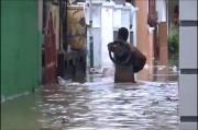 Tanggul Sungai Kemuning Jebol, Ratusan Rumah Warga Sampang Kembali Terendam