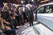 Belum Bekerja, Pabrikan Mobil Sudah Nuntut Banyak ke Joe Biden