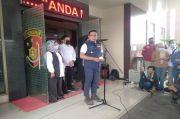 Ridwan Kamil Tuntut Keadilan, Ungkit Kerumunan Massa Habib Rizieq di Bandara Soekarno-Hatta