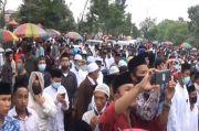 Ribuan Santri di Bangkalan Madura Turun ke Jalan Minta Habib Rizieq Dibebaskan