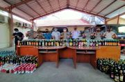 Ratusan Botol Minuman Keras Disita dari Sejumlah Warung di Kota Bogor