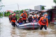 Wagub Sulsel Ajak Warga Bahu-membahu Bantu Korban Banjir