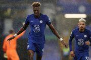 Brace Tammy Abraham Bantu Chelsea Bantai West Ham
