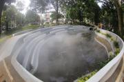 Keren, Ada Kolam Berkabut di Pusat Kota Bandung