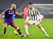 Babak I: Diwarnai Kartu Merah, Gawang Juventus Dirobek Fiorentina