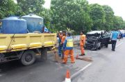 Tabrak Mobil Penyiram Tanaman di Tol Bandara, Mini Bus Ringsek