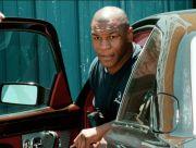 Jiwa Malaikat Mike Tyson Beri Rapper Mobil Mewah Bentley