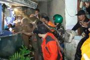 Longsor Sapu Dua Rumah di Lembang, Seorang Warga Hilang