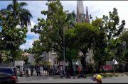 Arus Lalu Lintas Depan Gereja Katedral Jakarta Lengang