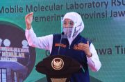 Gubernur Khofifah Siap Jadi Orang Pertama di Jatim Disuntik Vaksin COVID-19