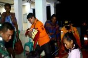 Tim SAR Evakuasi Belasan Anak dan Bayi Usia Seminggu Korban Banjir di Cirebon