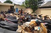 Polsek Pulogadung Kembalikan Motor Curian dan Perampasan Debt Collector kepada Pemilik