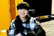 Belum Sembuh, Suga BTS Akan Tampil dalam Konser Tahun Baru Big Hit