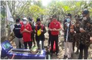 Komunitas Roemah Bhinneka, Ziarah Makam Anggota Banser Korban Bom Gereja di Mojokerto