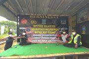 FPI Jadi Organisasi Terlarang, Masyarakat Beri Dukungan Kepada Pemerintah Lewat Bunga