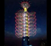 Pesta Kembang Api Tahun Baru di Taipei 101 Diwarnai Efek 3D