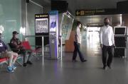 Pesawat Sriwijaya Jatuh, Keluarga Penumpang Penuhi Bandara Supadio Pontianak