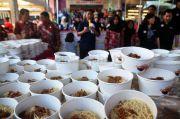 Terungkap! Ini Deretan Tokoh Dunia Doyan Makan Mie Instan Buatan RI