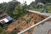 Jalan Trans Kalimantan di Sanggau Longsor, Rumah Ikut Tertimbun